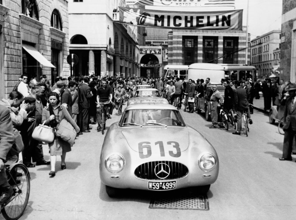 Mille Miglia 1952: Premiere of the Mercedes-Benz 300 SL racing sports car (W 194). The team Rudolf Caracciola / Peter Kurrle (start number 613) finishes in 4th place, 3/4 May 1952.