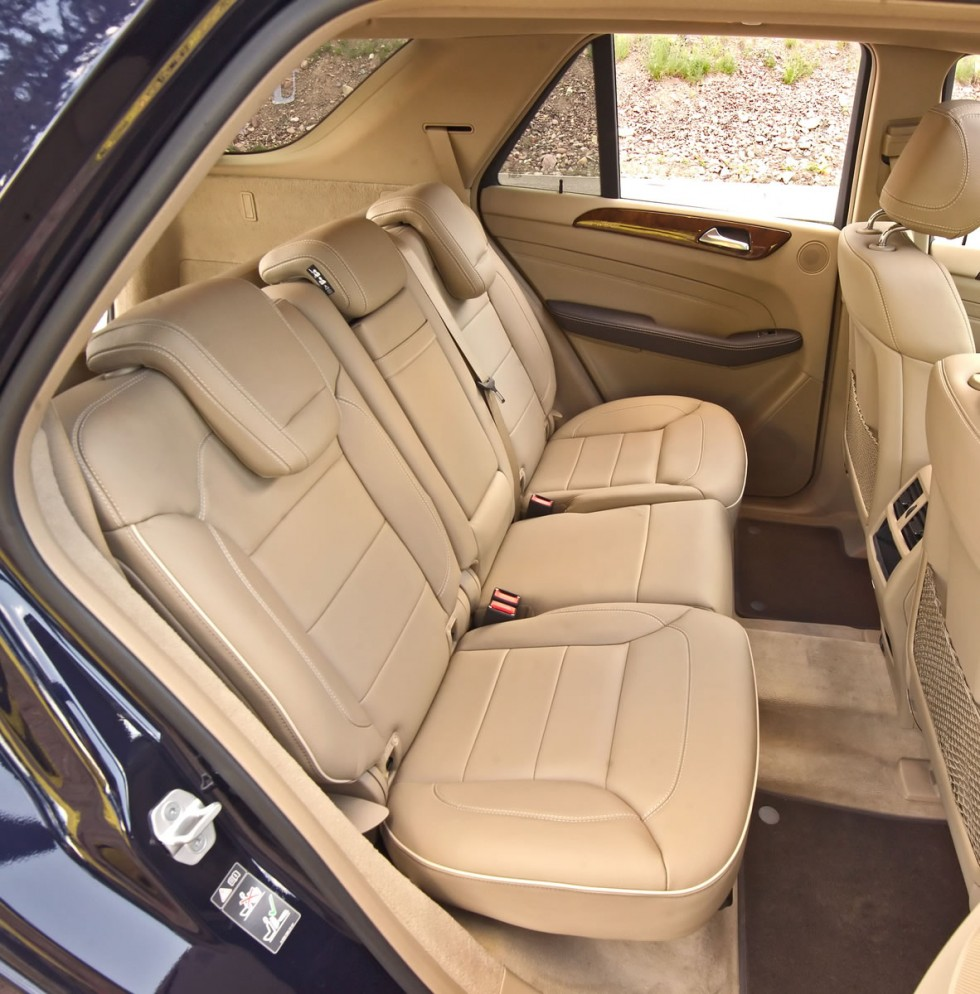 2012 Mercedes-Benz ML Cargo Space and rear seat