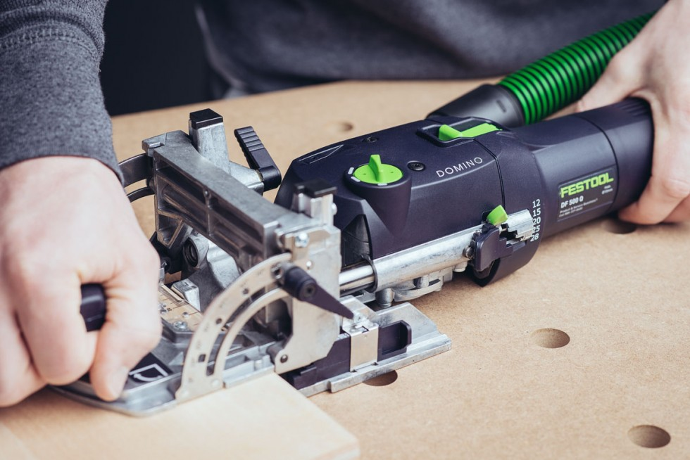 Festool Domino cutting mortise