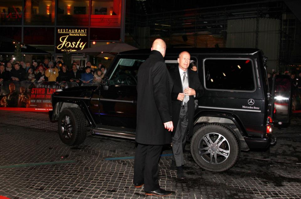 Bruce Willis, Mary Elizabeth Winstead, Jai Courtney, Patrick Stewart, Sebastian Koch and Anne Vyalitsyna (Russian Supermodel)