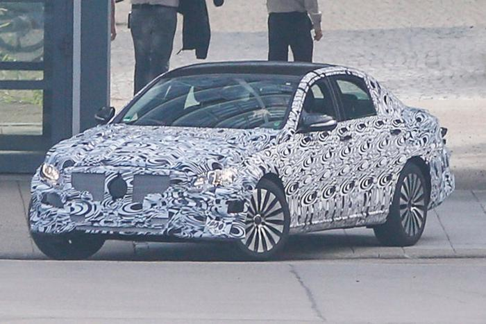 Mercedes-Benz E-Class Spied Testing