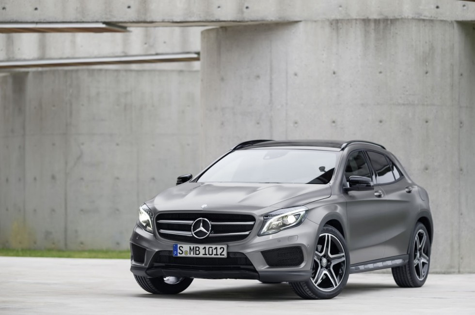 2015 Mercedes GLA Exterior grille