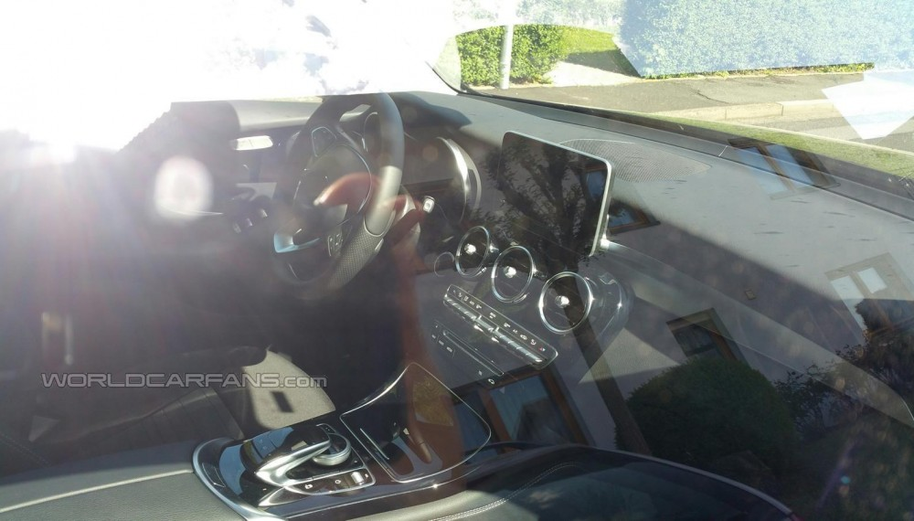 Mercedes-Benz GLC Spy Photo Interior