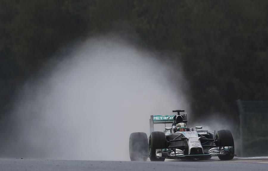 Rosberg Takes Out Hamilton at Spa-Francorchamps