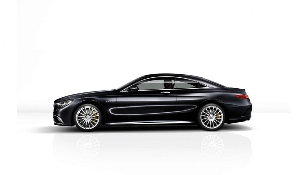 Next-Gen Mercedes S-Class Could Feature Gesture Control Tech