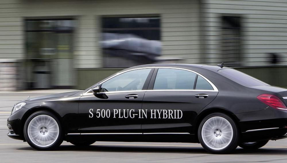 Ahead of its launch in September, new details on the Mercedes-Benz S500 Plug-in Hybrid have emerged.