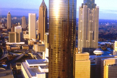 college-visits-atlanta-peachtree-plaza-tower-full