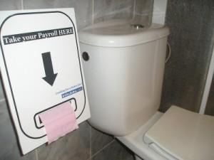 infojobs toilet paper dispenser ad