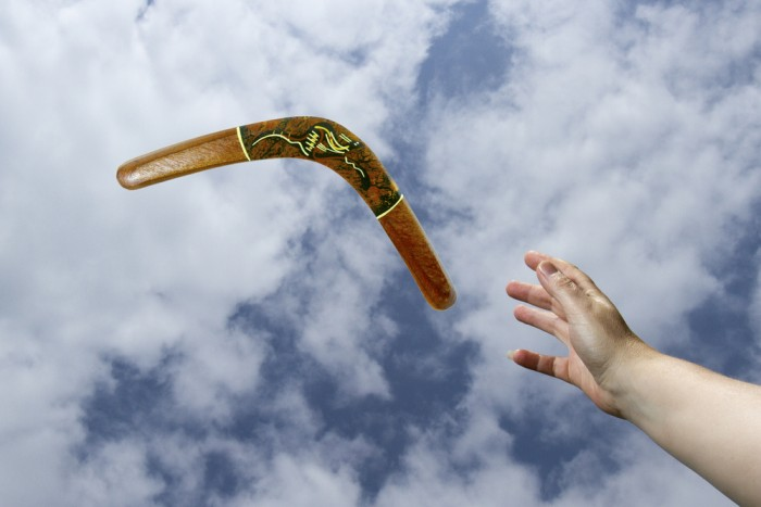 how to make a flying boomerang