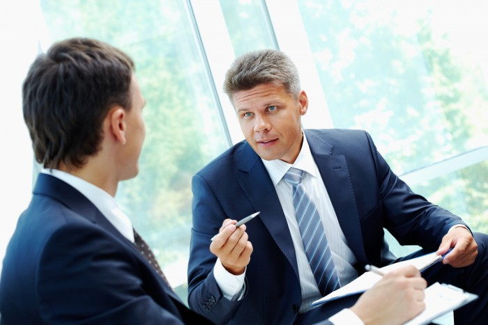 use behavioral interview questions with executive hiring ere