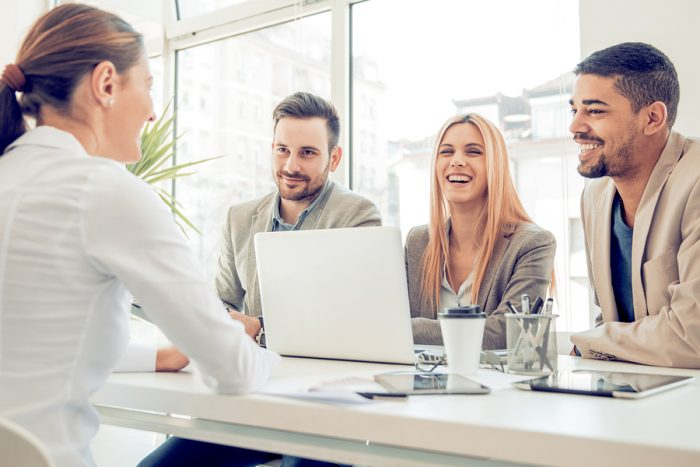 Top 10 Reasons Why Peer Interviews Are The No. 1 Candidate Selling Tool