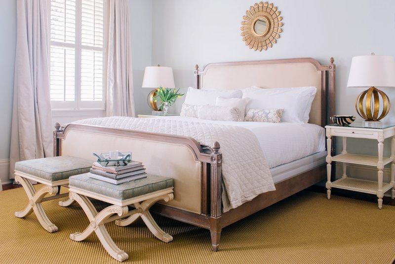 44_interiordesign_eastonporter_group_hotel_design_guest_room_bed.jpg