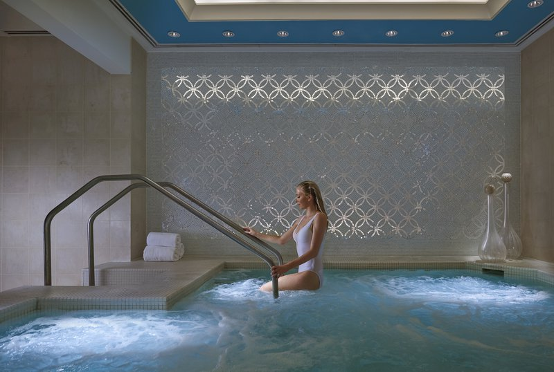 atlanta-14-luxury-spa-vitatlity-pool-01.jpg