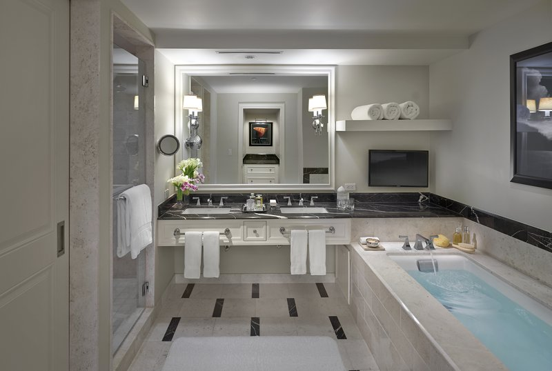 atlanta-14-room-deluxe-bathroom.jpg