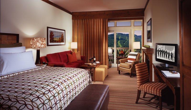 stowe_accommodations_guestroom.jpg