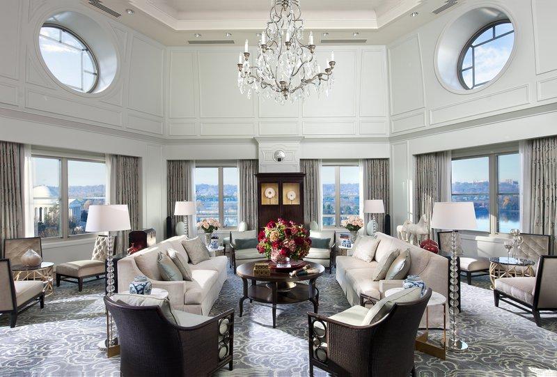 washington-suite-presidential-suite-living-room-01.jpg