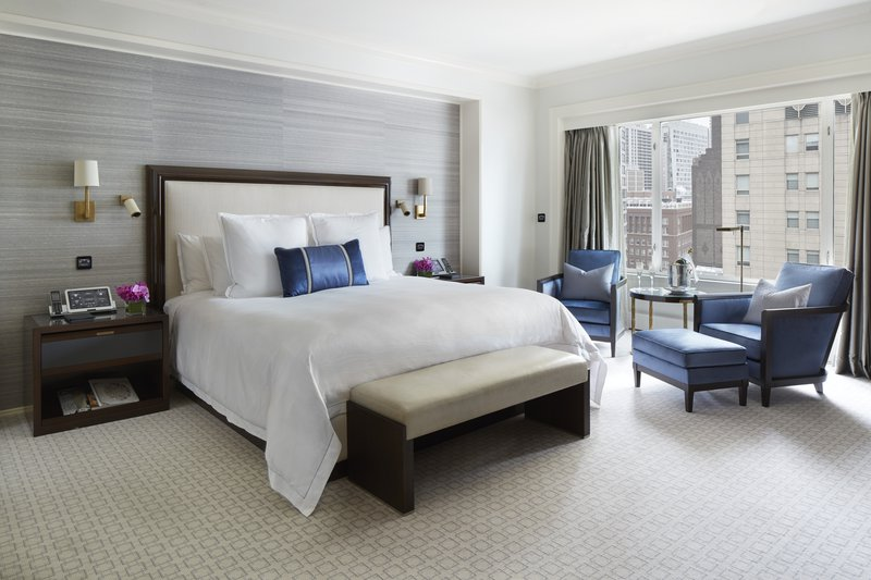 grand_suite_master_bedroom_the_peninsula_chicago_1.jpg