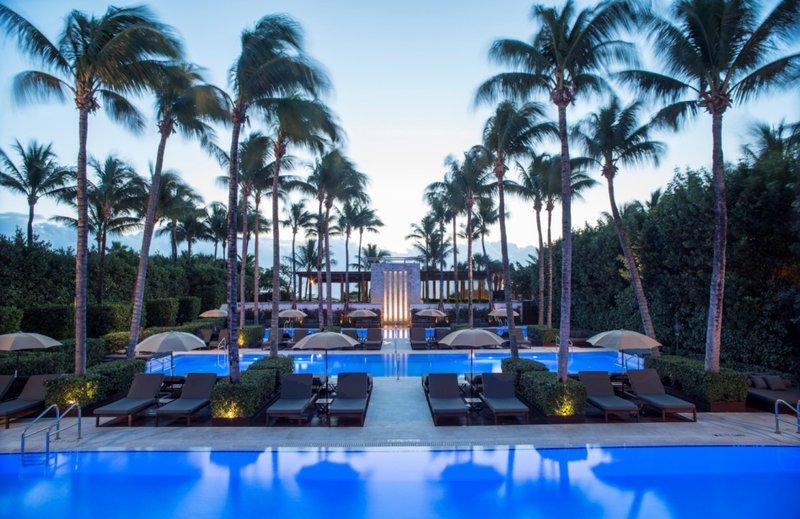hi_lw2701_58690243_the_setai_miami_beach_the_pools_10.jpg