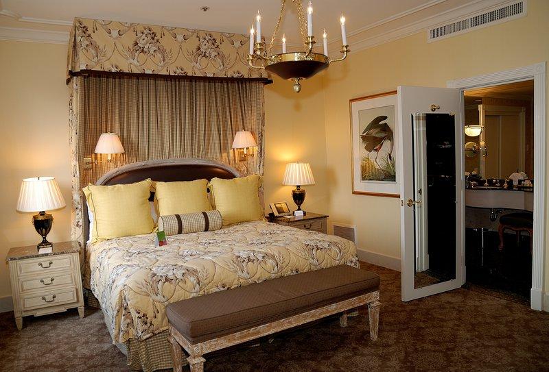 hi_msyhm_73783812_tenn_williams_bedroom.jpg