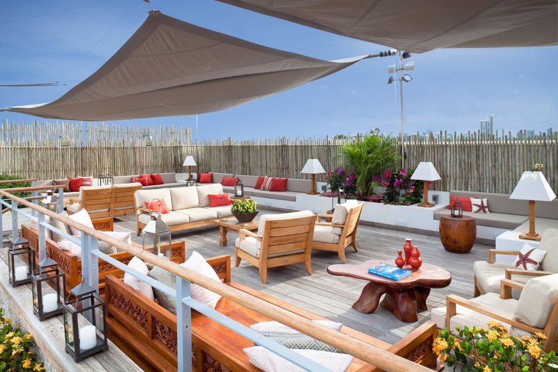 humiabe_63676011_34_roofdeck.jpg