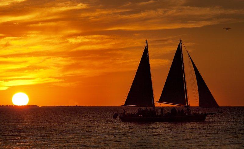 lux1781de-161993-sunset.jpg