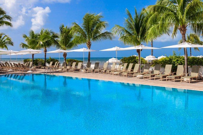 smob-shores-pool_i7vp8IT.jpg