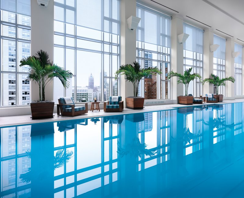 the_peninsula_chicago_spa_pool.jpg