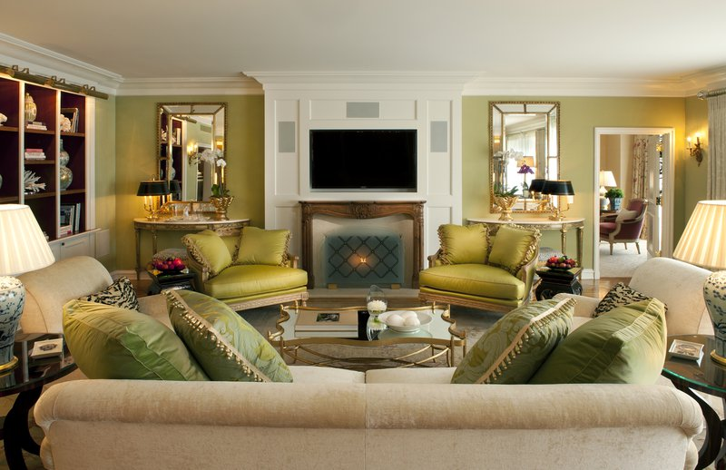 the_peninsula_suite_green_suite_living_room.jpg