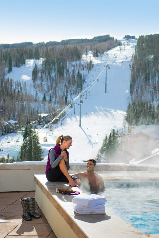 vailresorts_hot_tub_highres.jpg