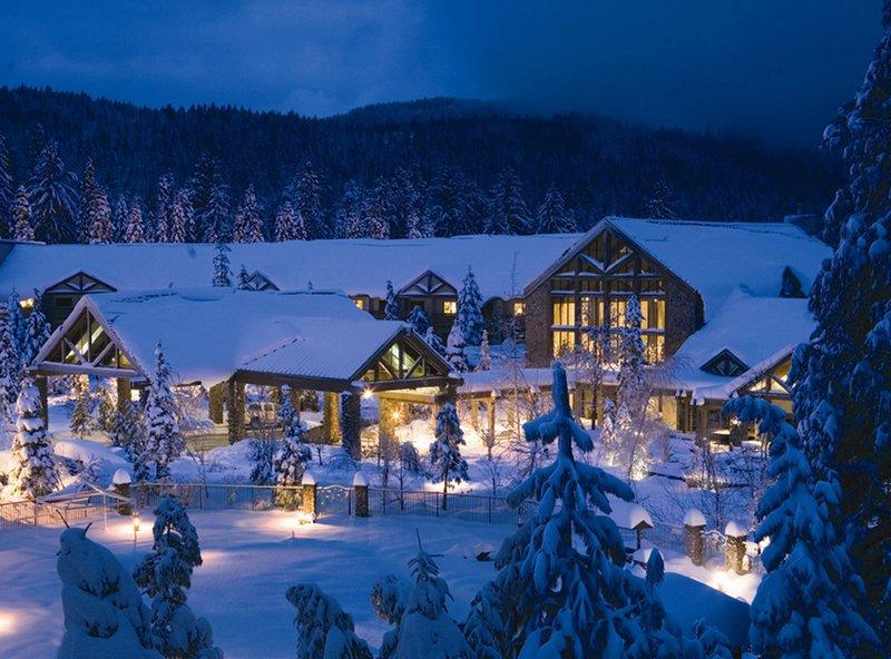winter_exterior_image_053013052606.jpg