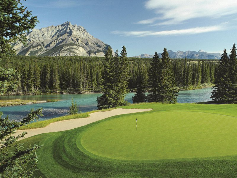 banff_springs_golf_course_hole_9_492553_high.jpg