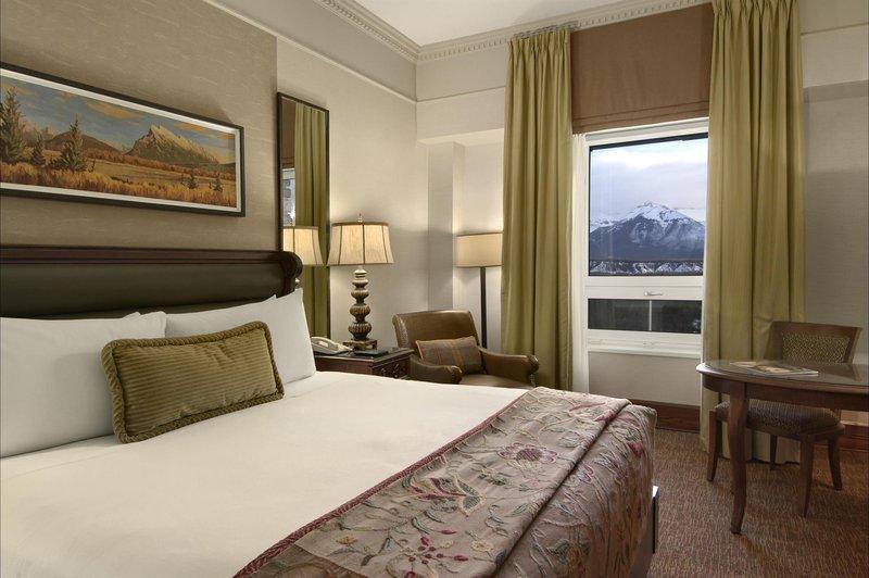 fairmont_gold_mountain_view_guest_room_492533_high.jpg