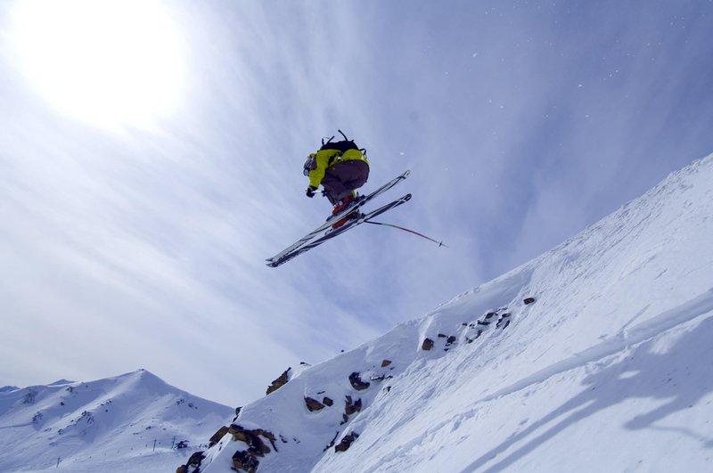 skiing_marmot_basin_479854_high.jpg
