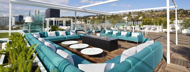 160118_lwh_roofdeck_seating_739.jpg