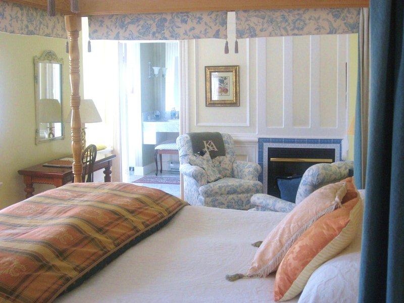 bedroom_view3.jpg