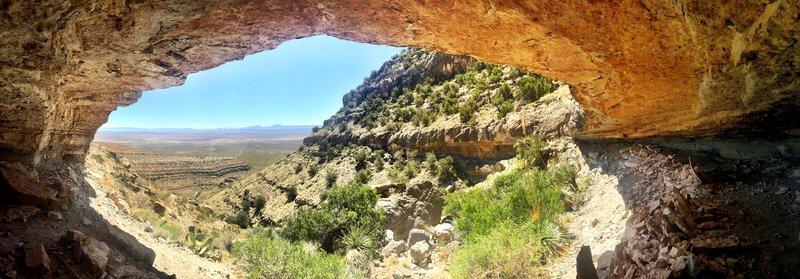 canyon_cave_armendaris.jpg