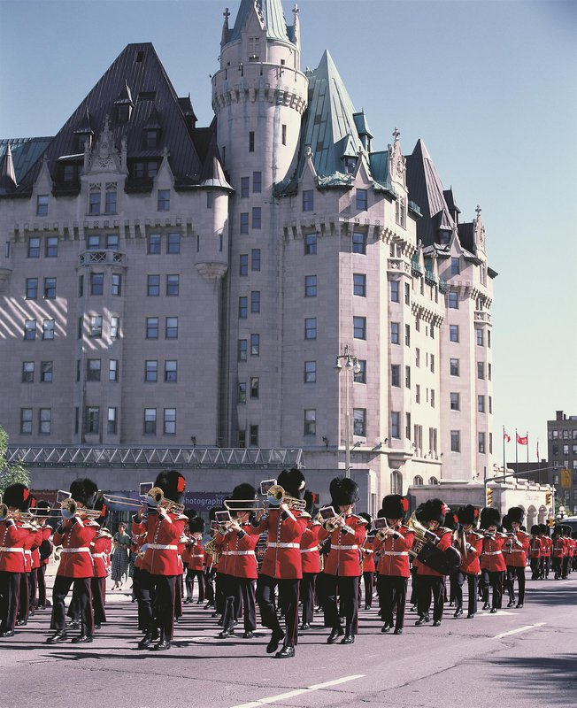 changing_of_the_guards_478136_high.jpg