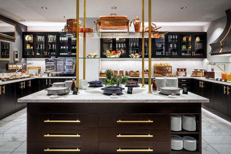 fairmont_gold_kitchen_861765_high.jpg