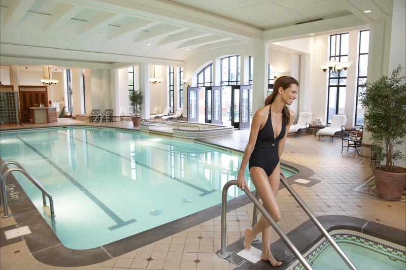 indoor_pool_480264_high.jpg