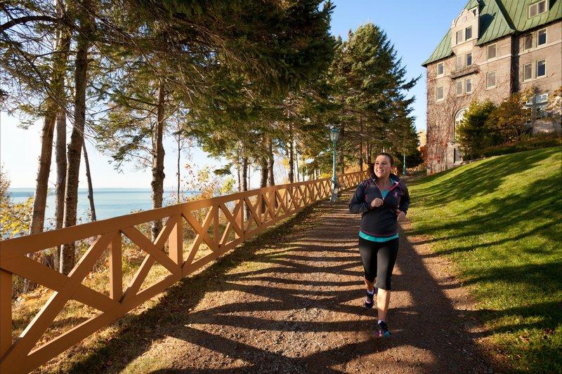 jogging_trail_480311_high.jpg