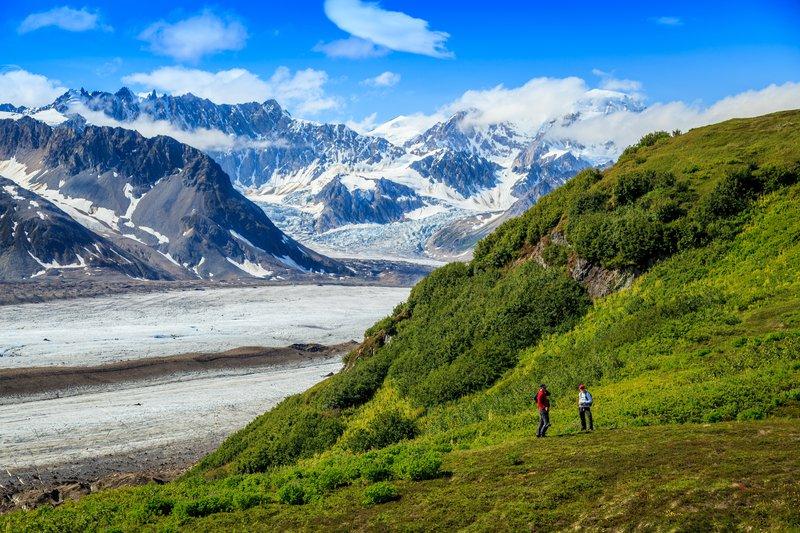 hiking_glacier_ridge.jpg