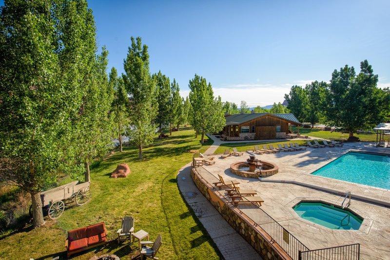 sorrel_river_ranch-pool.jpg