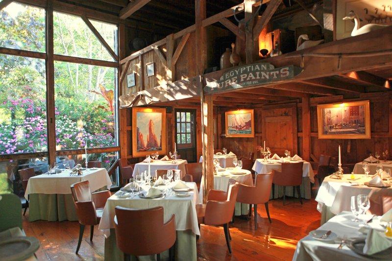 the_white_barn_grace_dining_room.jpg