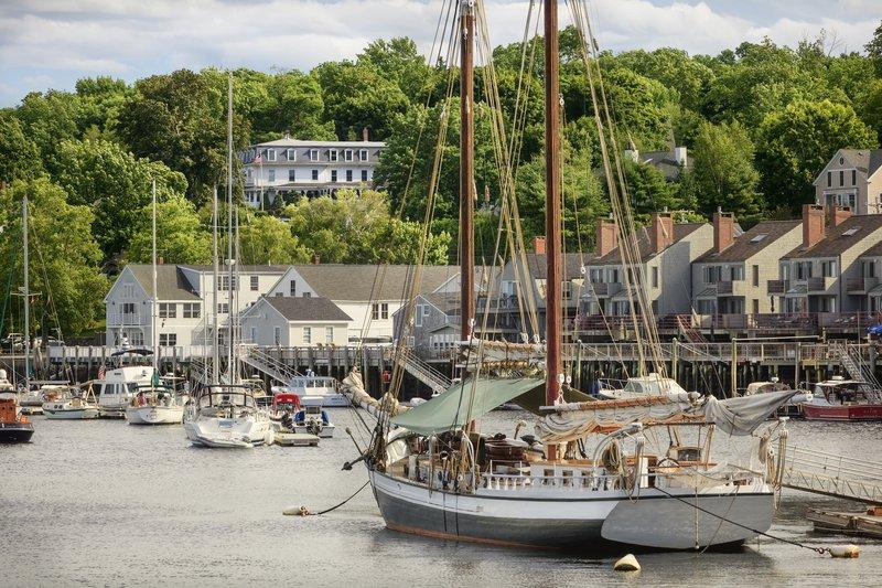 camden_harbour_inn_harbor_view.jpg