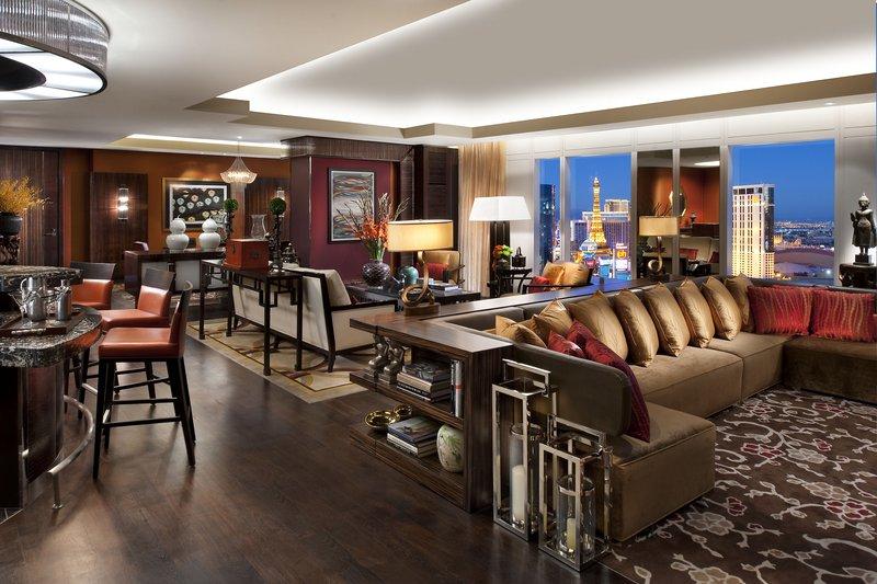 las-vegas-suite-taipan-suite-lounge-panorama-1.jpg