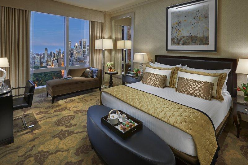 new-york-13-room-premier-central-park-view.jpg
