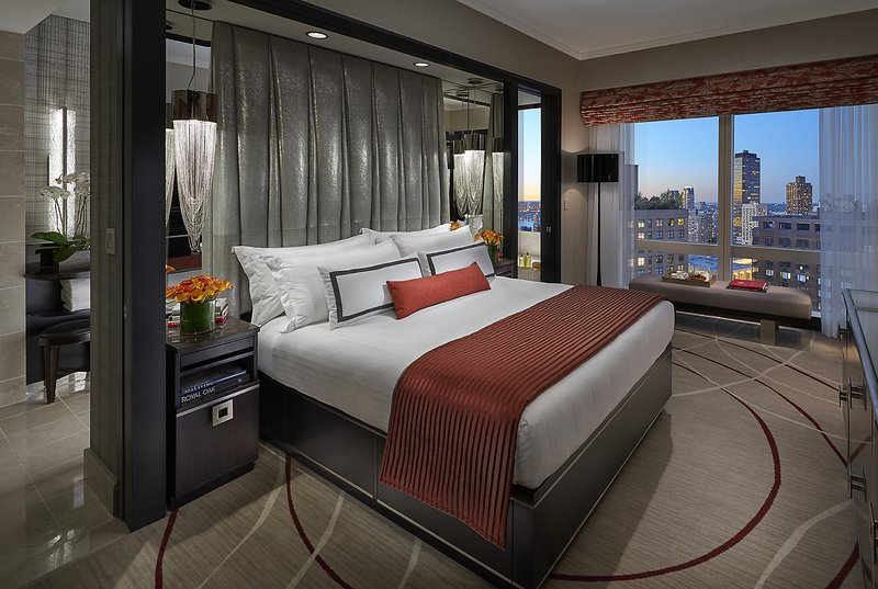 new-york-15-suite-central-park-view-bedroom.jpg