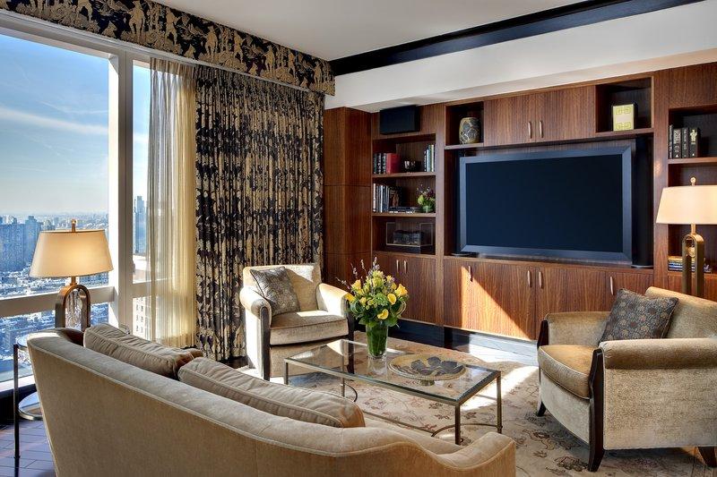 new-york-suite-suite-oriental-suite-study-room.jpg