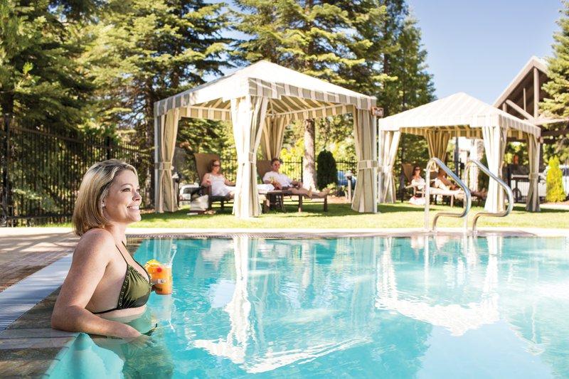 tenaya_lodge-adult_outdoor_pool.jpg