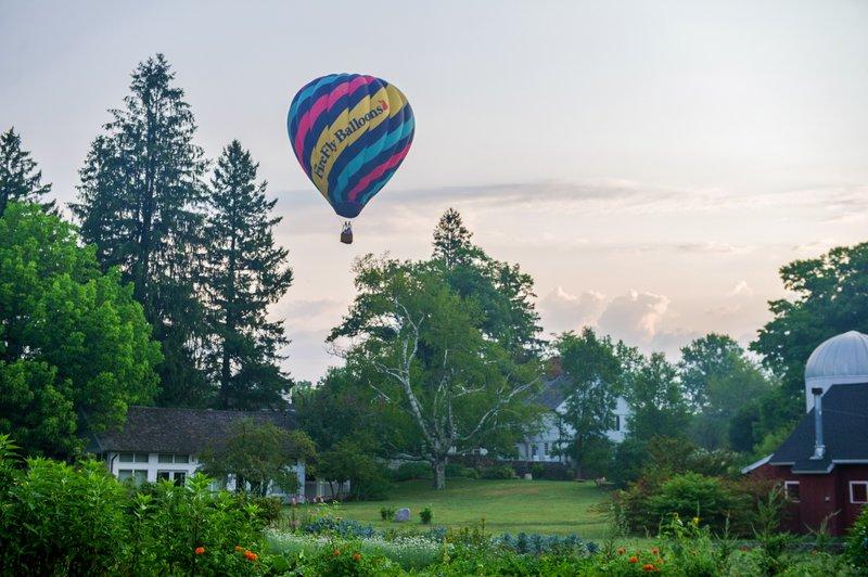 activity-hot-air-balloon-2-winvian-farm.jpg